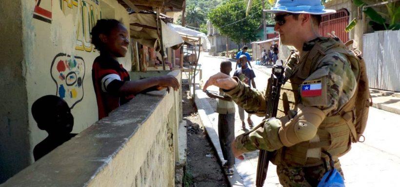 Casco azul chileno en Haití