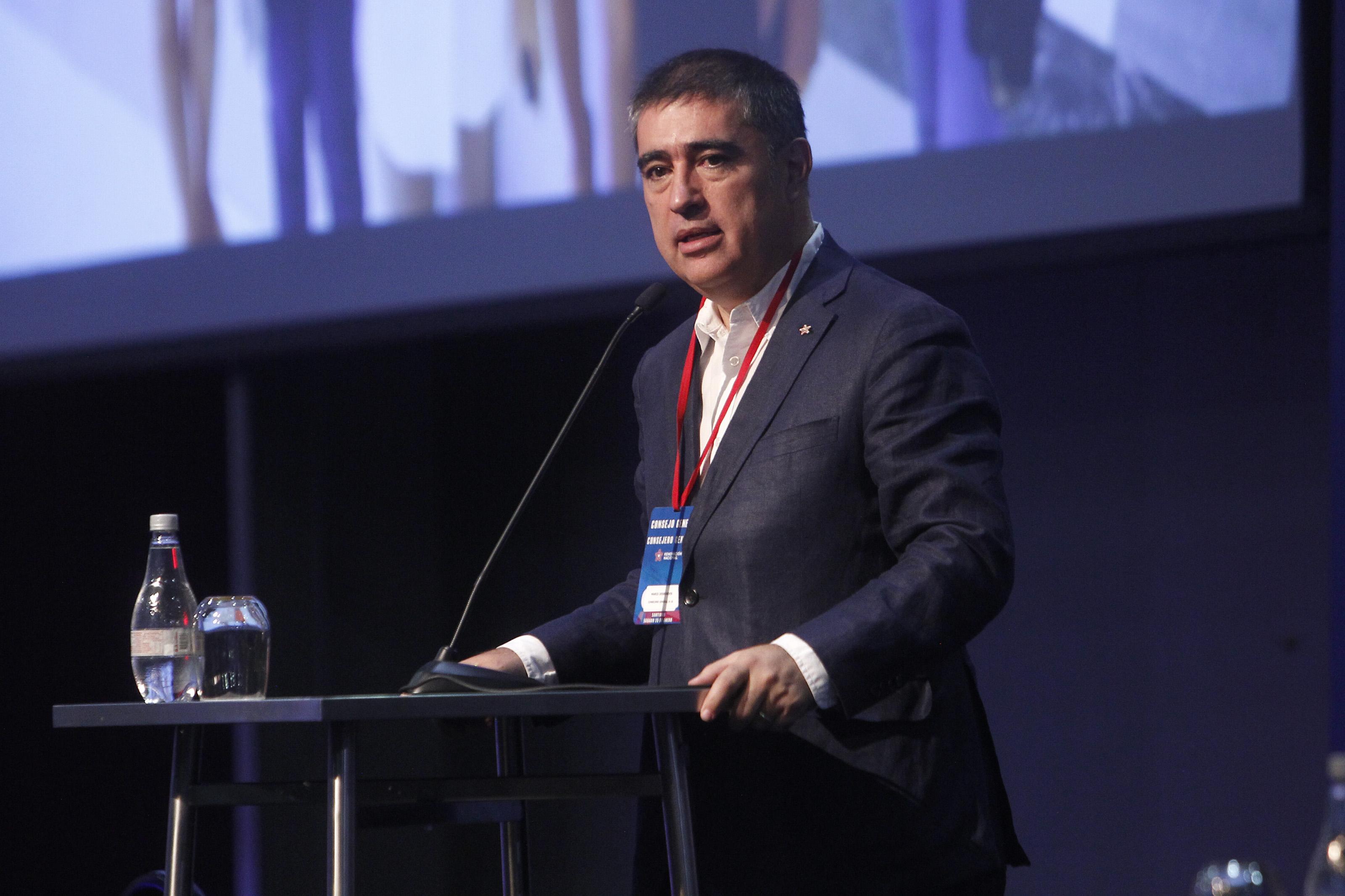 Santiago, 25 de enero 2020 Renovacion Nacional realiza su Consejo General Extraordinario.  Jonnathan Oyarzun/Aton Chile