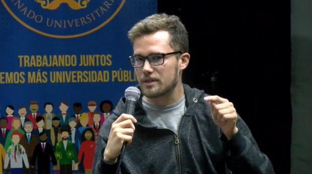 Dauno Tótoro, licenciado en Historia y dirigente del Partido de Trabajadores Revolucionarios.