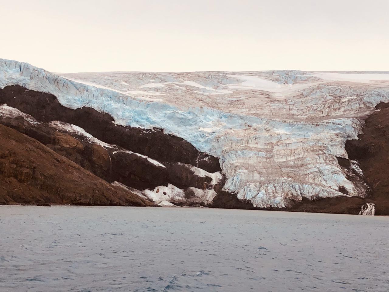 Glaciar Collins, isla Rey Jorge. Créditos_ Instituto Antártico Chileno