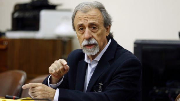 El vocero de la Coordinadora Nacional de Trabajadores No Más AFP, Luis Mesina, criticó los anuncios del Presidente Piñera en materia de pensiones . Foto: Agencia UNO.