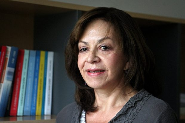 Leonor Varas.