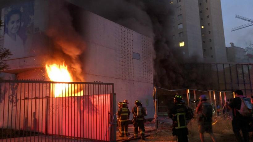 Museo Violeta en llamas