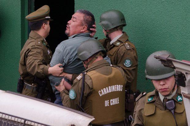 Entre los ocho comuneros detenidos en el marco de la denominada 'Operación Huracán', también estuvo el vocero de la Coordinadora Arauco-Malleco, Héctor Llaitul, quien también fue finalmente sobreseído. Foto: Agencia UNO.