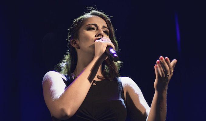Sara Correia.