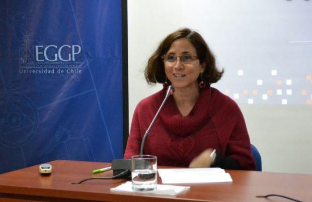 Claudia Heiss es jefa de la carrera de Ciencia Política y académica del Instituto de Asuntos Públicos de la Universidad de Chile. Es además investigadora del Centro de Estudios de Conflicto y Cohesión Social COES . Foto: UChile.