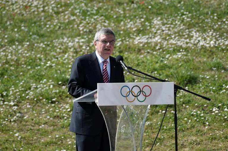 Thomas Bach habla durante la ceremonia de encendido de la llama olímpica para los Juegos de Tokio, el 12 de marzo de 2020 en la antigua Olimpia, en Grecia.
