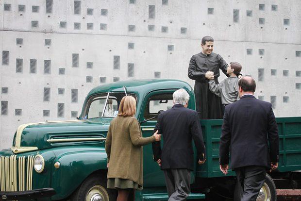 Fundado por el sacerdote jesuíta Alberto Hurtado, el Hogar de Cristo actualmente cuenta con más de 35 mil beneficiarios a lo largo del país y más de 300 programas sociales a lo largo del país. Foto: Agencia UNO.