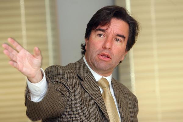 Hernán Frigolett.