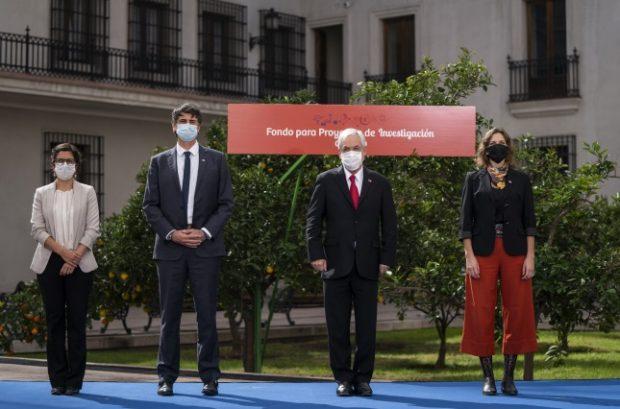 Lanzamiento de los Findos participaron, además del presidente Sebastián Piñera, el ministro de Ciencias, Andrés Couve, la subsecretaria de Ciencias, Carolina Torrealba, y la directora nacional de la Agencia Nacional de Investigación y Desarrollo, Aisén Etcheberry. Foto: Presidencia.