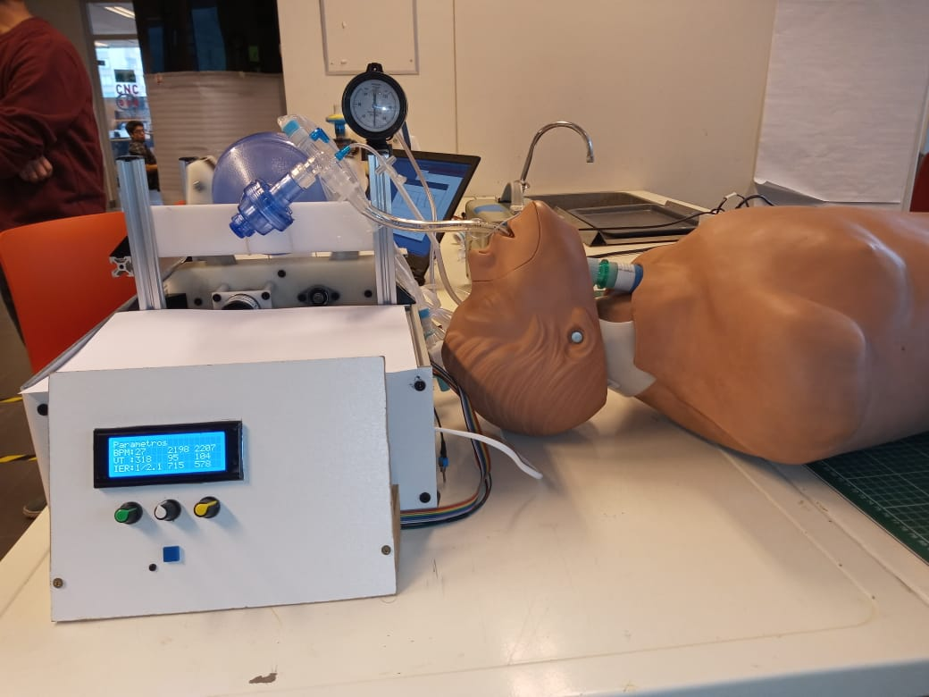 Respirador mecánico U. Chile