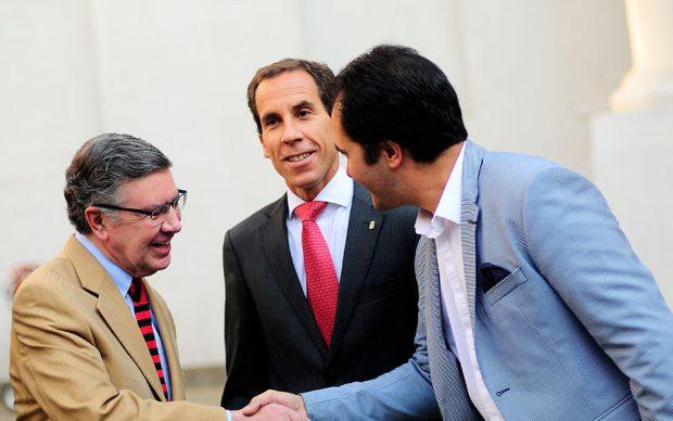 Con un 72 por ciento de respaldo, el alcalde de Las Condes, Joaquín Lavín (UDI), lideró la última encuesta CADEM en aprobación ciudadana. Foto: Sitio Oficial.