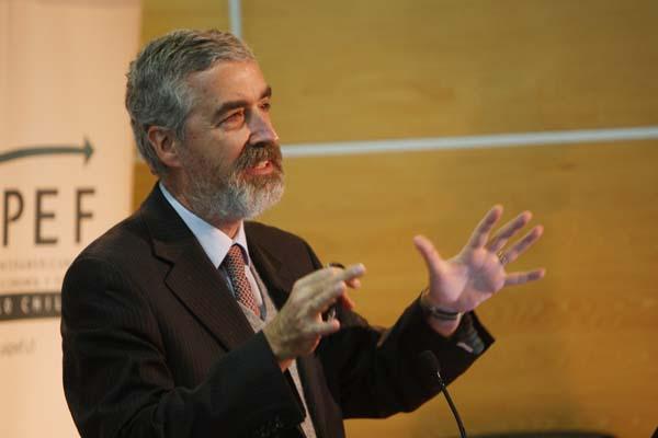 Andrés Solimano.