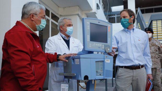 Durante la mañana de este jueves se entregaron seis nuevos ventiladores mecánicos en la Región de Tarapacá. Foto: Ministerio de Salud.
