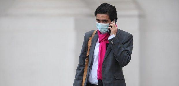 El ministro de Hacienda, Ignacio Briones, fue a quien el presidente Sebastián Piñera le encomendó la tarea de liderar los diálogos previos para llegar a un acuerdo por un Plan de Emergencia ante la pandemia. Foto: Ailen Díaz / Agencia UNO.