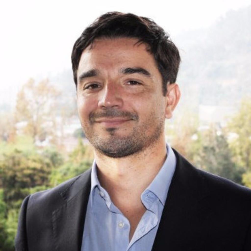 Cristian Flores Fernández