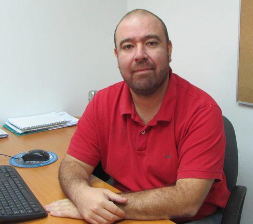 El Dr. Manuel Nájera es médico cirujano de la Universidad de Santiago de Chile y especialista en Epidemiología, con formación en Postgrado en el área de Epidemiología de la Universidad Católica de Chile. Foto: UDD.