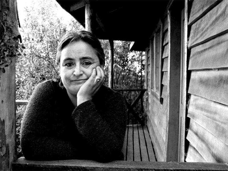 Rosabetty Muñoz, poeta y profesora chilota. Nominada al Premio Nacional de Literatura 2020.