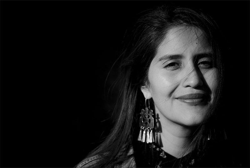 """Daniela Catrileo, poeta mapuche y profesora de Filosofía. Autora de """"Río herido"""" y """"Guerra florida""""."""