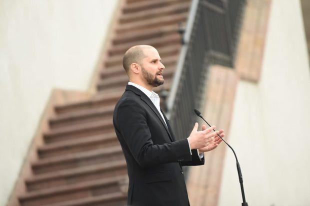 El ministro Vocero de Gobierno, Jaime Bellolio, ha asegurado que el gobierno de Sebastián Piñera condena enfáticamente cualquier tipo de violación a los Derechos Humanos. Foto. Segegob.