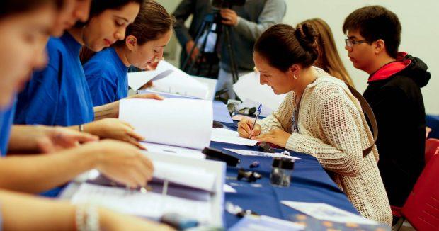 La Ley de Educación Superior mandata a que el Mineduc calcule nuevos aranceles regulados, pero mediante recomendaciones de una comisión de expertos que fue nombrada por el ministerio. Foto: Agencia UNO.