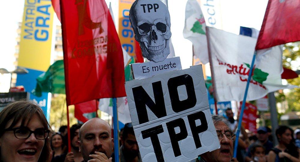 El TPP-11 y su posible ratificación han generado el rechazo de diversas organizaciones sociales y medioambientales, pero también de parte de académicos y especialistas. Foto: Archivo.