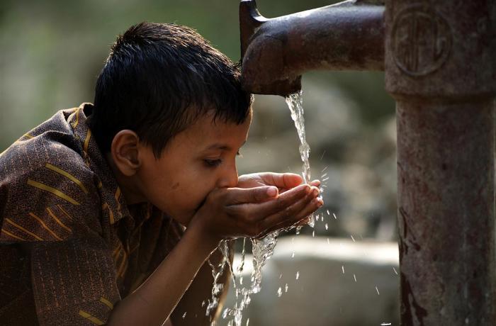 agua y niños