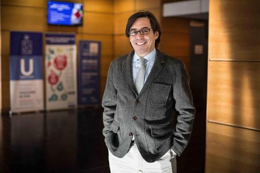 Guillermo Larrain.