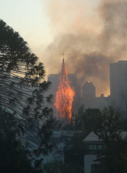 Incendio en la Iglesia de La Asunción.