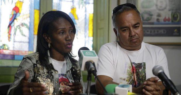 Mery Cortez y su pareja Erick Villalobos.