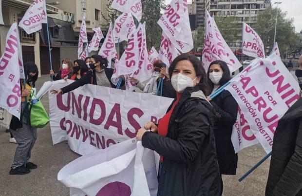 Como delegada de paridad del Frente Amplio, Antonia Orellana, integrante del Frente Feminista de Convergencia Social y parte de la Red Chilena Contra la Violencia Hacia las Mujeres, fue una de las que lideró las acciones en torno a conseguir una constituyente paritaria. Foto: Radio UChile.