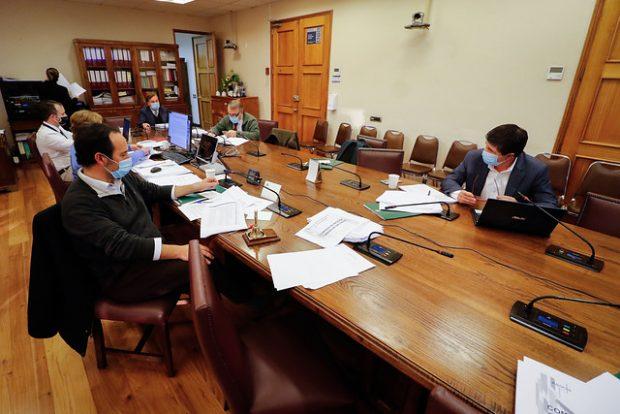 Las indicaciones del Ejecutivo que causaron la polémica fueron ingresadas y aprobadas por la Comisión de Hacienda de la Cámara de Diputados. Foto: Agencia UNO.