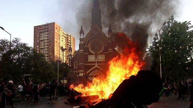 iglesia incendio
