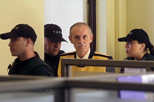 Miguel Krassnoff es uno de los exmilitares con más condenas en Chile, totalizando 20 ratificadas por la Corte Suprema y que sumaban, a octubre de 2019, más de 650 años de cárcel. Foto: Agencia UNO.