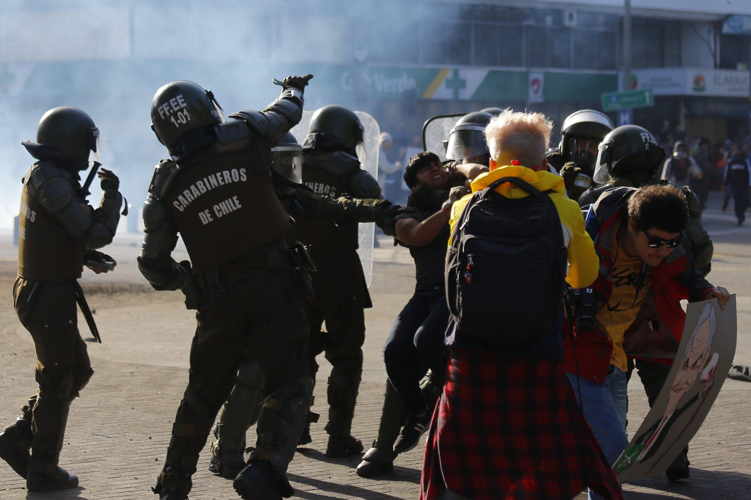 CONCEPCION: Incidentes en Plaza de la Independencia 29/11/2019