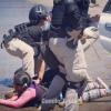 El pasado 7 de enero efectivos de la PDI detuvieron a familiares de Camilo Catrillanca. Entre ellos a su hija Guacolda, de 7 años, quien fue reducida en el suelo. Foto: Camilo Tapia.