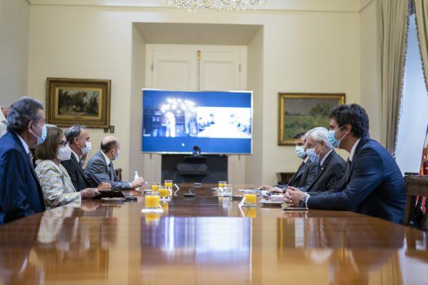 Este viernes en el Palacio de La Moneda se llevó a cabo la reunión convocada por el Presidente Piñera con los representantes de los tres poderes del Estado, con el objetivo de coordinar una respuesta institucional ante la agudización de la crisis en La Araucanía. Foto: Presidencia.