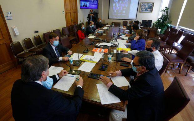 Comisión Hacienda royalty