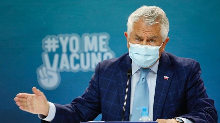 """En el reporte del Ministerio de Salud de este sábado 3 de abril, el titular del Minsal, Enrique Paris, aseguró que """"no hay descontrol, hay un aumento de los casos que incluso lo habíamos previsto"""". Foto: Ministerio de Salud."""