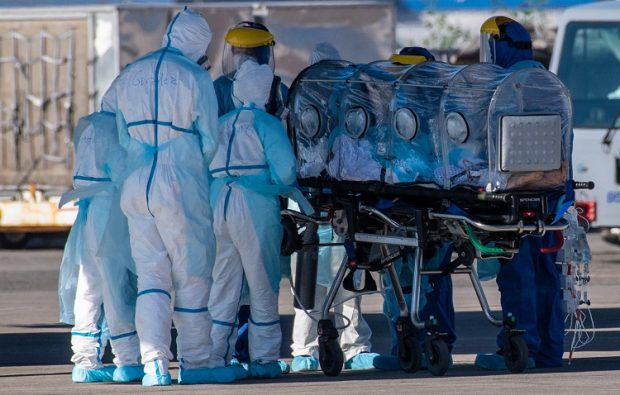 Durante la última semana se han visto las cifras más preocupantes desde el arribo de la pandemia a nuestro país, con más de 7 mil casos diarios reportados por el Ministerio de Salud. Foto: Agencia UNO.