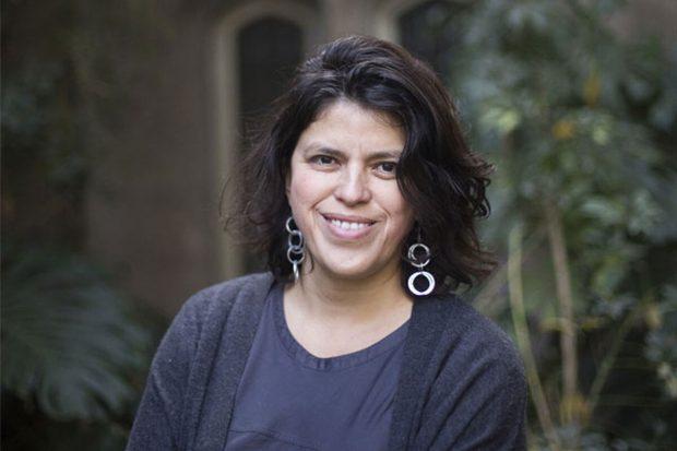 Carolina Stefoni es socióloga, investigadora de la Universidad Alberto Hurtado y directora del programa Interdisciplinario de Estudios Migratorios (PRIEM). Foto: UAH.