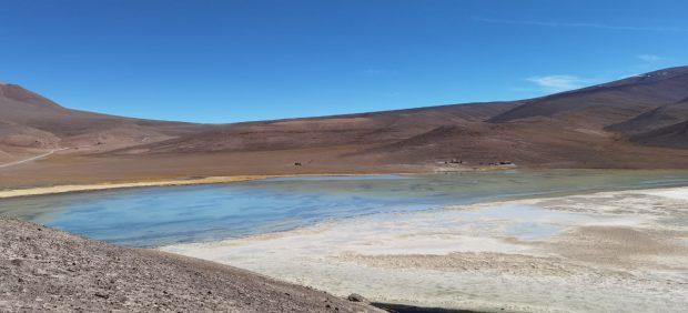 Laguna verde, en la cercanías del salar de Maricunga. FOTO: Comunidad pueblo Coya comuna Copiapó.
