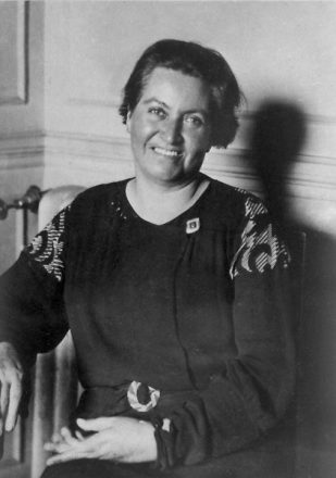 Gabriela Mistral, recibió el Premio Nobel de Literatura en 1945, seis años después le dieron en Chile el Premio Nacional. Foto: Archivo Central Andrés Bello.