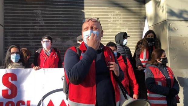Eric Campos, presidente del sindicato del Metro, señala que los incrementos de ingresos de la gerencia alcanzan el 25%