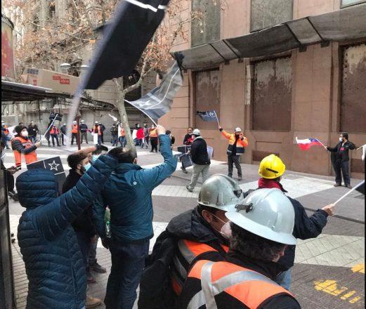 Los trabajadores exigen mantener los derechos adquiridos en pasadas negociaciones colectivas